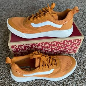 Men's Ultrarange Vans (mustard color)